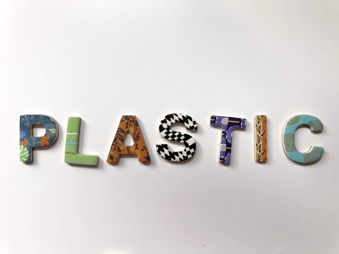 plastic-letters